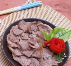 Kết quả hình ảnh cho cách chế biến thịt bắp bò luộc gừng sả